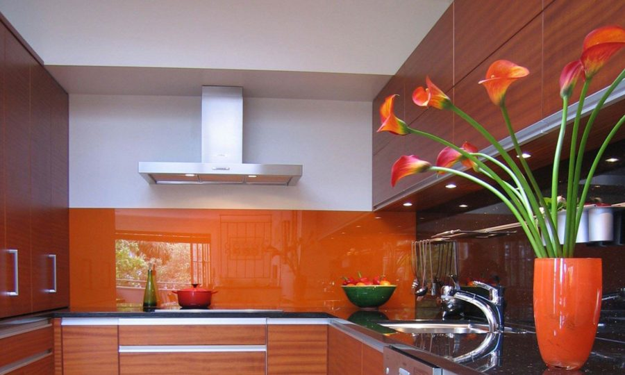 We installed bright coloured glass splashback for a client's kitchen in Marion