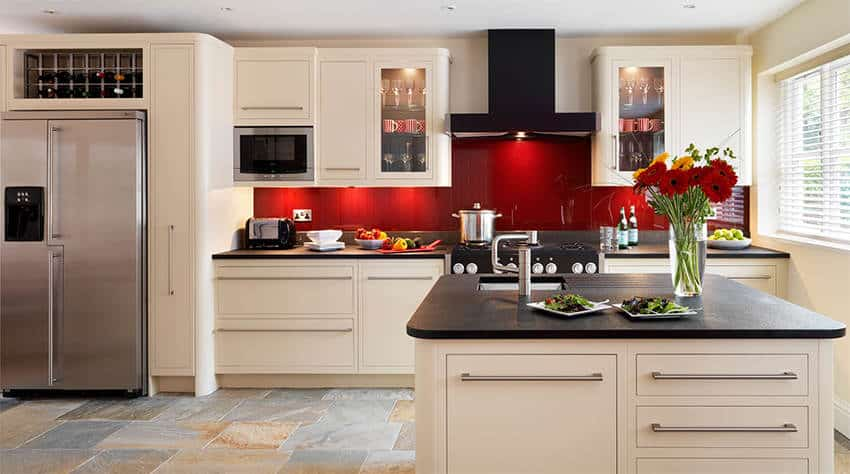 We specialise in Kitchen & Laundry Splashback Installation in Adelaide and surrounding suburbs