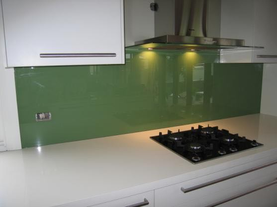 Adelaide Glass Guys use 6mm toughened safety glass for their splashbacks