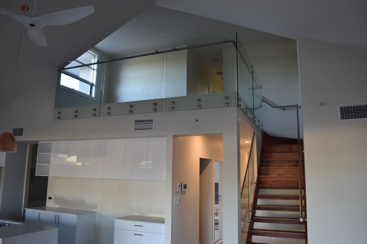 Adelaide-Balustrading-Guys-specialize-in-frameless-and-semi-frameless-glass-balustrades-for-residential-staircases